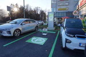 Elektromobilitätsbezogene Infrastruktur von SWARCO für das Green Energy Center Europe