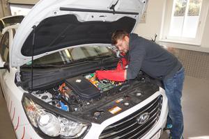 Hochvolt II Kurs für den sicheren Umgang mit E-Fahrzeugen und Ladeeinrichtungen