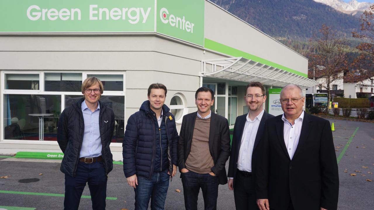Erfahrungsaustausch mit ElektroMobilitätsClub Österreich am Green Energy Center Europe.