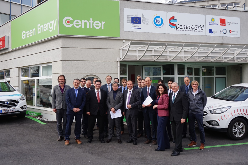 Europe's largest Single-Stack-Electrolyser for regulating the electricity grid and producing green hydrogen for the food retailer