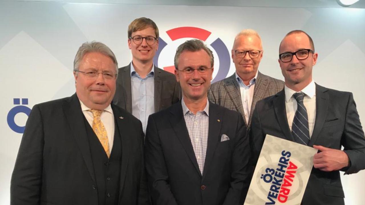 Zillertal's Hydrogen-Powered Narrow-Gauge Railway Receives Ö3 Transport Award